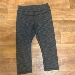 Lucy workout pants/leggings Hathaway Collection